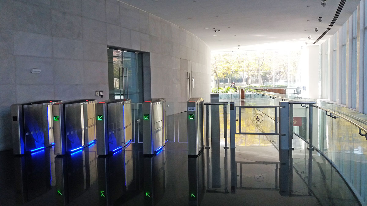 Access Control System. BCI-bank. Chile